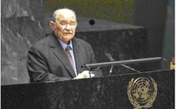 O presidente da Asemblea Xeral da ONU, Miguel de Escoto