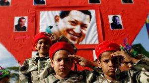 A FRANCISCO VILLAMIL DENUNCIA A VIOLENTA OFENSIVA DA REACCIÓN SOBRE A DEMOCRACIA BOLIVARIANA