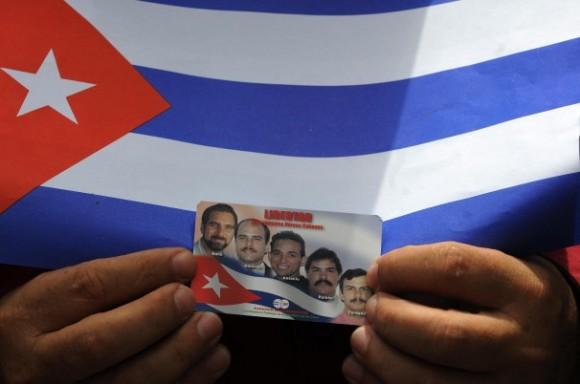 """""""Por que negamos a liberdade aos Cinco Cubanos antiterroristas"""", pregunta Stephen Kimber no """"Washington Post"""""""