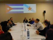 ENCONTRO DO EMBAIXADOR DE CUBA COA FRANCISCO VILLAMIL EN COMPOSTELA