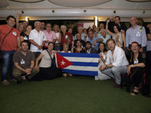 A solidariedad debateu en Zaragoza como contrarrestar a guerra mediática contra Cuba