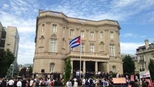 A embaixada de Cuba foi aberta horas depois do discurso de Raúl na Assembleia.