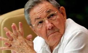 """""""Durante este ano não se avançou na solução dos temas que para Cuba são essenciais para que tenha relações normais com EUA"""" declarou Raúl,"""