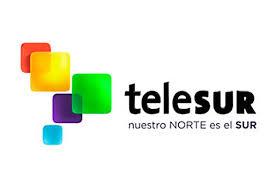 Telesur é a primeira cooperativa de información antiimperialista  de América,  fundada por un acordo entre Fidel e Chávez.