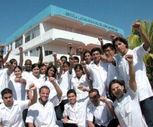 O alumnado estadounidense da ELAM vai aumentar co restablecimento de embaixadas.
