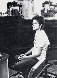 Primeiro discurso de Dilma, diante dos esbirros da Ditadura.