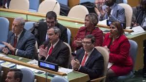 A delegación cubana na Asemblea Xeral da ONU, acolle con aplausos a primeira votación sen pronunciamentos a prol do Bloqueo,